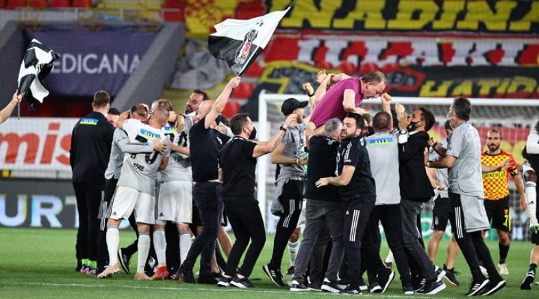 Süper Lig'de şampiyon Beşiktaşşşşş!